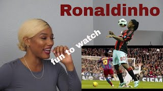 Clueless new American football fan reacts to Ronaldinho highlights